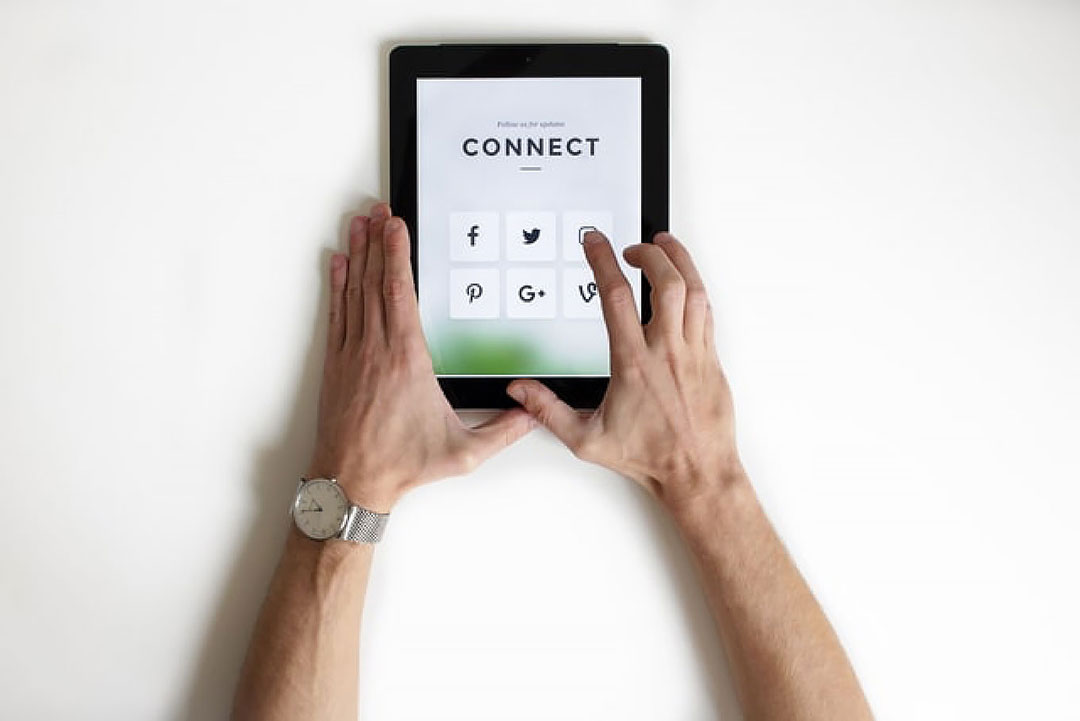 Social media tablet to market yourself as a freelancer